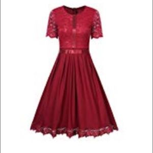 Gorgeous stunning fitted little red dress.